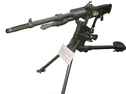 French machine-gun Hotchkiss model 1914.JPG