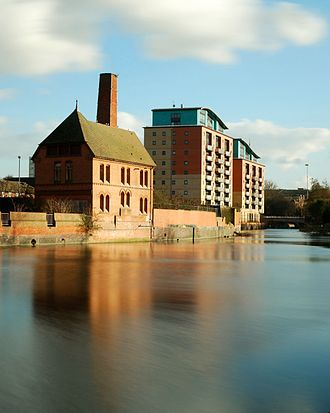 River Soar - A nineteenth-century pump house and a new riverside development by the Soar in central Leicester