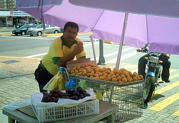 Fruits Salesman in Maracaibo