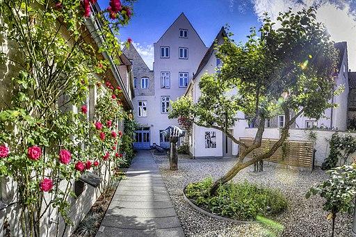 Günther-Grass-Haus (Altstadt Lübeck), Skulpturengarten