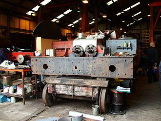 GWR 4073 Class 4079 Pendennis Castle - Pendennis Castle undergoing restoration at Didcot (2005)