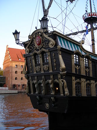 Aftercastle - Stern of a replica 17th-century galleon