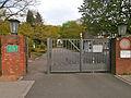 Gerresheimer Waldfriedhof – Eingang.jpg