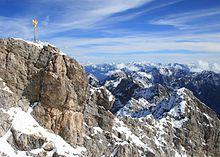 Gipfelkreuz der Zugspitze....jpg