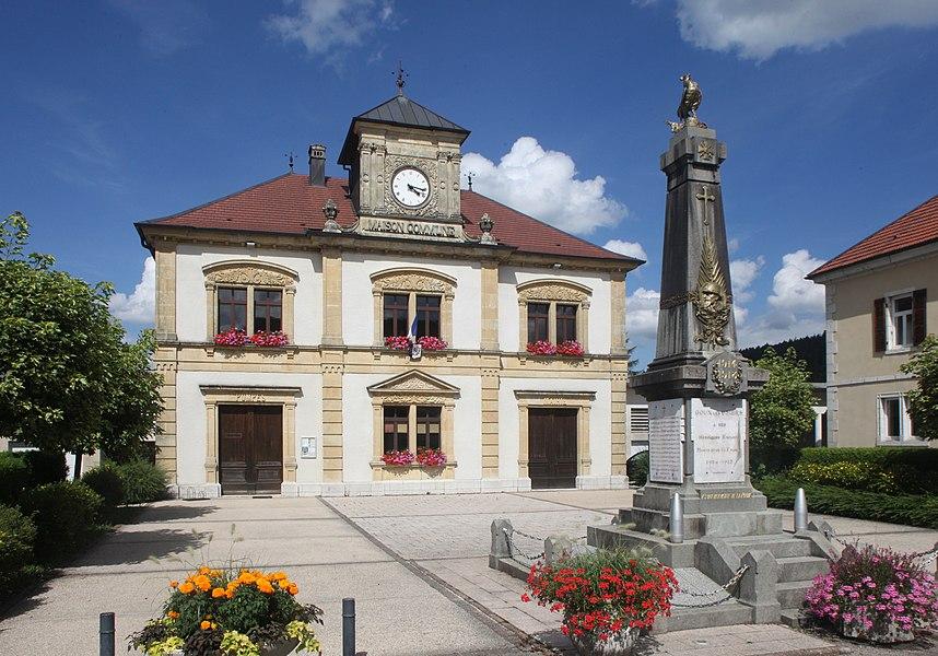 Mairie-école de Goux-les-Usiers (Doubs).