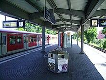 HH-Stellingen railway station 2.jpg