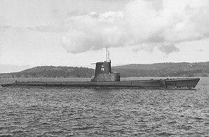 USS Argonaut (SS-475) - Image: HMCS Rainbow (SS 75)