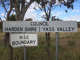 Harden Shire - Image: Harden Shire Yass Valley Council sign Bobborra Road between Binalong and Galong