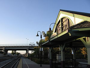 Hayward station (Amtrak) - Station platform, looking north.