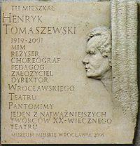 Henryk Tomaszewski-tablica.JPG