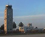 Hermannstadt, Flughafen, neuer u alter Turm, 2.jpeg