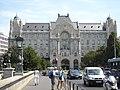 Hotel Vier Jahreszeiten Gresham Palace - panoramio.jpg