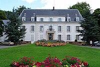 Hotel de ville de Pontault-Combault.jpg