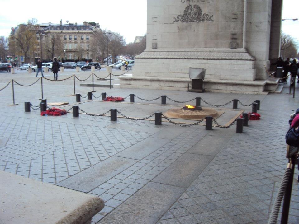Hrob neznámého vojína v Paříži