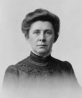 Ida Tarbell - Portrait taken in 1904