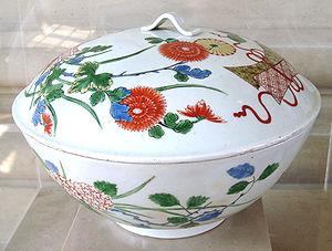 Kakiemon - Imari Kakiemon porcelain bowl, Imari, Japan, circa 1640.