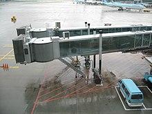 Fluggastbrücke – Wikipedia