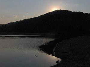 Indian-mountain-lake-tn1.jpg