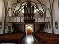 Innenraum der Laurentiuskirche mit Blick auf Mauracher - Orgel von 1836 und Orgelempore von 1840 (römische Jahreszahl).jpg