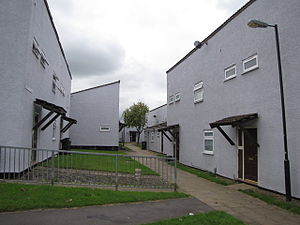 Knowle West - 1960s council housing in Inns Court, built on the Radburn principles