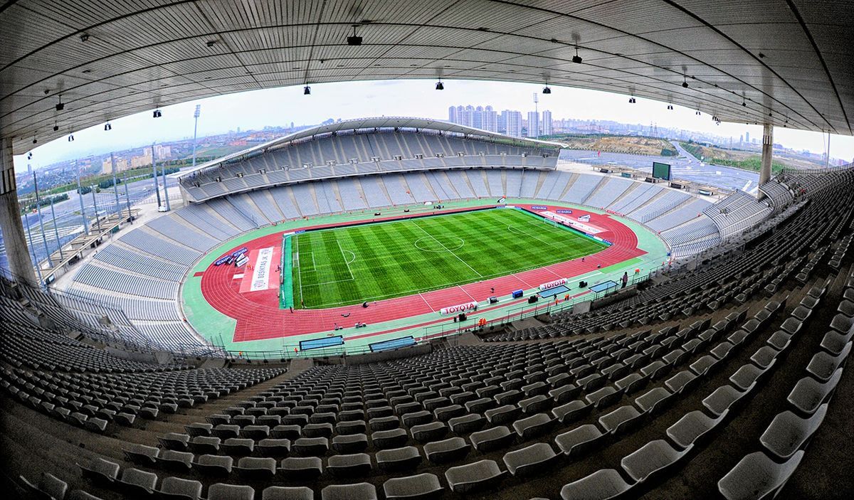 File:Istanbul Atatürk Olympic Stadium 2.jpg - Wikimedia Commons