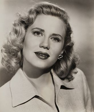 Jacqueline White - Jacqueline White in Crossfire (1947)
