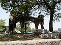 Jahaz Mahal tomb platform (3701672578).jpg