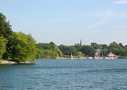 Jamaica Pond, boathouse in distance, 2005