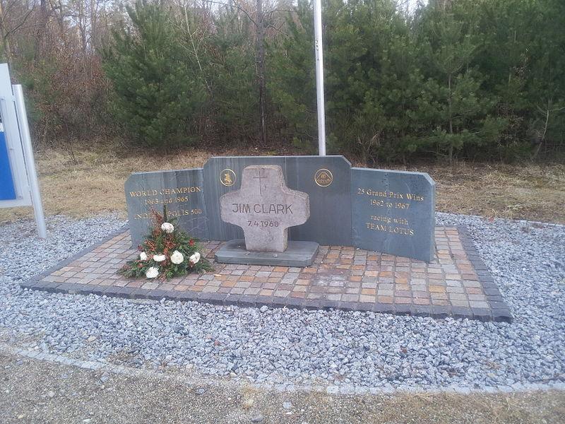 File:Jim Clark Hockenheimring tribute.jpg