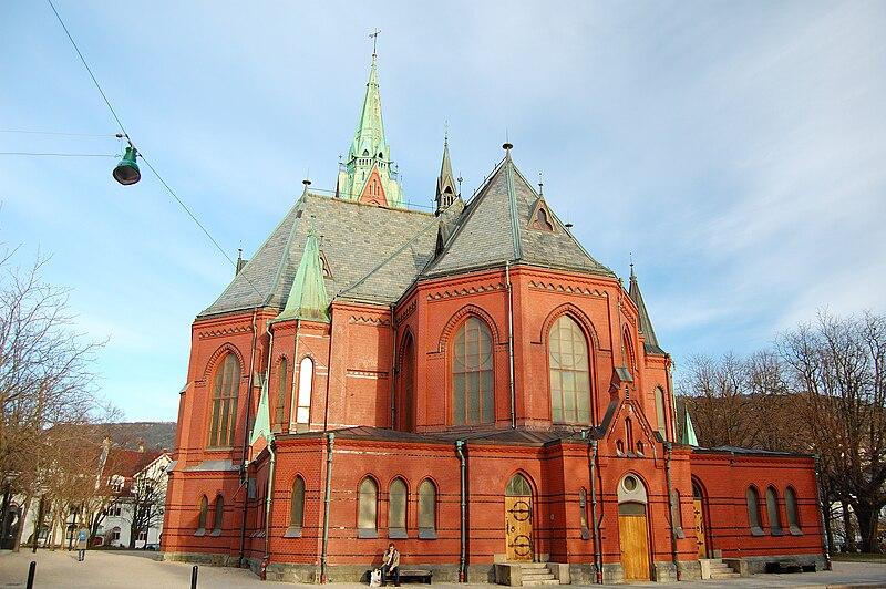 Johanneskirken. Foto: Sveter. CC BY-SA 3.0