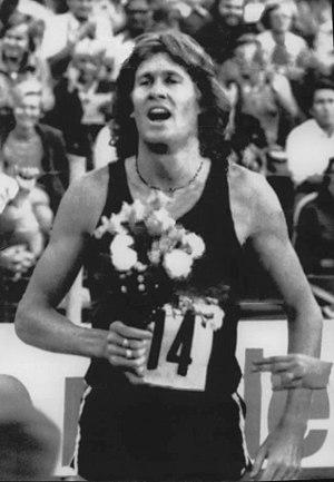 John Walker (runner) - Walker in 1975