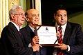 José Serra recebe o titulo de Cidadão de Salvador em 2010.jpg