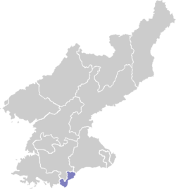Note: Map shows boundaries of former Kaesŏng Directly Governed City.