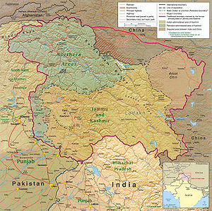 Kashmiris - Political Map: the Kashmir region districts, showing the Pir Panjal range and the Kashmir Valley.
