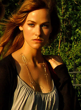 Kelly Overton (actress) - Kelly Overton in The Collective in 2008