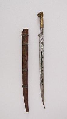 Knife (Flyssa) with sheath MET 36.25.785ab 002june2014.jpg
