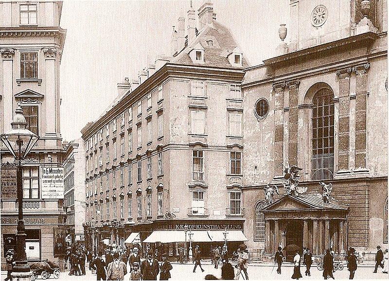 File:Kohlmarkt und Michaelerplatz 1900.jpg