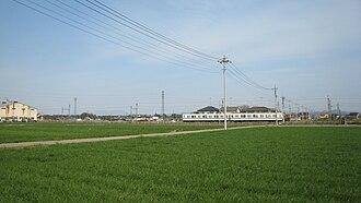 Tōbu Koizumi Line - A Tobu Koizumi Line down train between Tatebayashi and Narushima stations in March 2008