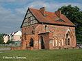 Kolbacz, klasztor cysterski - dom opata, widok od strony wirydarza - 001.jpg