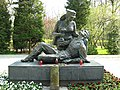 Kolobrzeg-pomnik-Sanitariuszki-front-080428-061.jpg