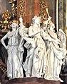 Krzeszów, bazylika pw. Wniebowzięcia Najświętszej Maryi Panny, figury aniołów w ołtarzu głównym.jpg
