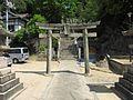 Kuni-jinja torii.JPG
