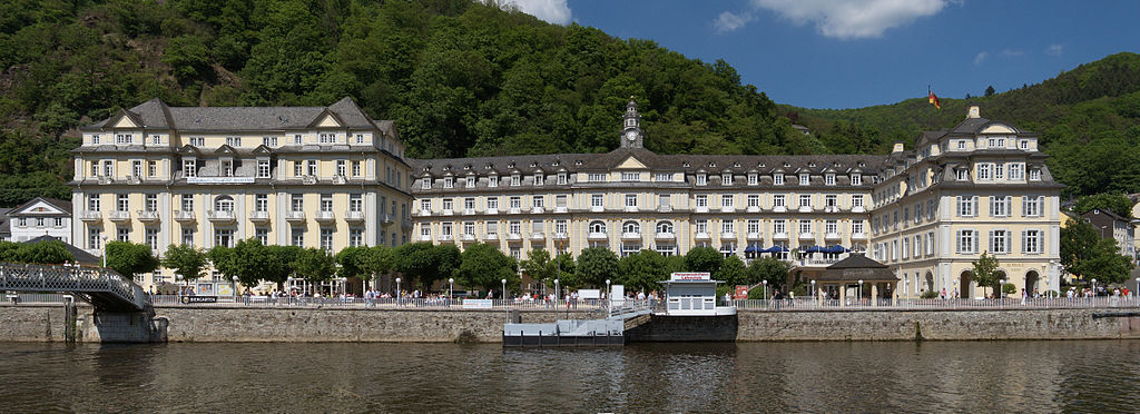 Bad Ems: Blick auf Lahn und Nordufer mit Kurhaus (UNESCO-Welterbe Bedeutende Kurstädte Europas; Welterbe in Rheinland-Pfalz)