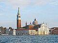 L'île de San Giorgio Maggiore au soleil couchant (Venise) (15136937758).jpg
