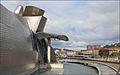 La Ria de Bilbao et le musée Guggenheim (Bilbao) (3441518446).jpg