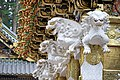 La porte Yomei-mon du sanctuaire shinto Toshogu de Nikko (Japon) (43138878132).jpg