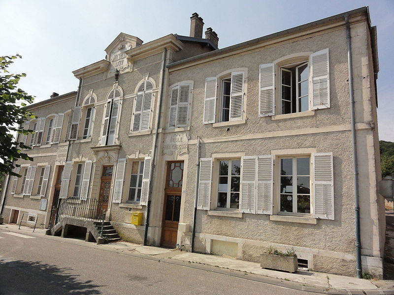 Lagney (Meurthe-et-M.) mairie-écoles coté école des garçons