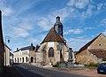 Lainsecq-FR-89-abside église & auberge-02.jpg