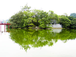 English: Hanoi Lake