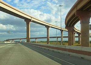 Laredo IH35-Loop 20 Intersection.jpg
